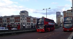 Go-Ahead London Metrobus E198 SN61BKD | 403 to Warlingham (Unorm001) Tags: red london double deck decks decker deckers buses bus routes route diesel e 198 e198 sn61bkd sn61 bkd dw 261 dw261 361clt 361 clt 197 croydon town centre