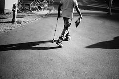 three legs (gato-gato-gato) Tags: 35mm contax contaxt2 iso400 ilford ls600 noritsu noritsuls600 schweiz strasse street streetphotographer streetphotography streettogs suisse svizzera switzerland t2 zueri zuerich zurigo analog analogphotography believeinfilm film filmisnotdead filmphotography flickr gatogatogato gatogatogatoch homedeveloped pointandshoot streetphoto streetpic tobiasgaulkech wwwgatogatogatoch zürich ch black white schwarz weiss bw blanco negro monochrom monochrome blanc noir strase onthestreets mensch person human pedestrian fussgänger fusgänger passant zurich autofocus