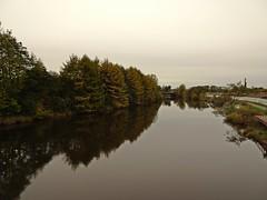 Regeneration (Bricheno) Tags: dalmarnock bricheno river glasgow clyde reflections riverclyde scotland szkocja scozia scoția schottland écosse escocia escòcia 蘇格蘭 स्कॉटलैंड σκωτία bridge railway trees