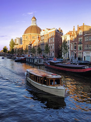 Venice in Amsterdam (sagesolar) Tags: amsterdam netherlands thenetherlands holland urbanscene canal goldenhour boat water iamamsterdam cityphotography cityscape cityview beautifulcity amsterdamvisit goldenlight goldencolor architecture citytrip buildings architectureporn river