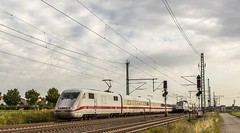 004_2018_09_20_Timmerlah_5401_052_DB_ICE1 ➡️ Peine_6146_567_DB_mit_ICE_2851 ➡️ Braunschweig (ruhrpott.sprinter) Tags: ruhrpott sprinter deutschland germany allmangne nrw ruhrgebiet gelsenkirchen lokomotive locomotives eisenbahn railroad rail zug train reisezug passenger güter cargo freight fret sonnenberg timmerlah db cdc dispo egp evb itl meg rbh radve rpool tls enno vps wfb 0445 0648 1212 1277 1440 5370 5401 6111 6120 6140 6143 6145 6146 6151 6152 6185 6186 6187 6189 6193 7383 es64u2 bahnbau auto logo natur outddor graffiti lkw