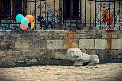 20110418 Birthday boy ([Ananabanana]) Tags: nikon d40 gimp photoscape tamron 70300mm 70300 tamron70300mm tamron70300mmaff4556dildmacro tamronaff4556dildmacro tamronaf70300mmf456dildmacro 70300mmf456dildm nikonistas nikonista lviv lvov lemberg lemburg ukraine ukrainian historic history lion lions leopolis lionsoflviv чернівці україна dominicanchurch домініканськийкостелімонастир dominikanskyikostelimonastyr kościółiklasztordominikanówwelwowie львів