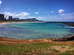 Magic Island Morning (jcc55883) Tags: magicisland alamoanapark ainamoana diamondhead ocean pacificocean sky clouds waikiki hawaii honolulu oahu luckywelivehawaii hilife honolululife 808 alohastate ipad