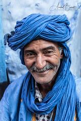Hombre Bereber en Marruecos (Anibal_Bueno) Tags: bereber hombre marruecos áfrica turbante pañuelo morocco africa tradicional traditional blue azul chaouen chefchaouen
