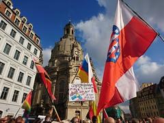 4 Jahre Pegida, 4 Jahre Wirrkoepfe (Fotos von Helmut) Tags: pegida rechts radikal dresden demo
