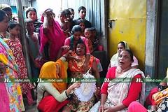 স্বামীর গলাকাটা লাশ, স্ত্রী ছুরিকাঘাতে আহত (aklemaakter6) Tags: atm news media all one