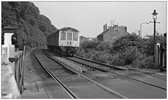 Colwick Crossing Nottingham (geoff7918) Tags: carletoncrossing nottingham dmu 15061974