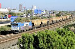 PASSAREL.LA DE CORNELLÁ (Andreu Anguera) Tags: tren ferrocarril comsa 253101 mercaderies mercancias cornellá baixllobregat barcelona catalunya andreuanguera