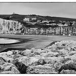 Mers-Les-Bains. La plage de galets.  © Dom Janasz thumbnail