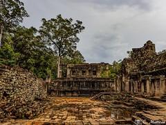180726-146 Le Bayon (clamato39) Tags: bayon angkor angkorthom cambodge cambodia asia asie temple religieux religion ciel sky ruines ruins historique historic history ancestrale ancient patrimoine voyage trip