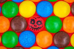 Trick Or Treat (FotoCorn) Tags: multicolor vibrant halloween macromonday hmm2018 treats macromondays trickortreat colorful macro happymacromonday sweets colors hmm happymacromondays trick candy