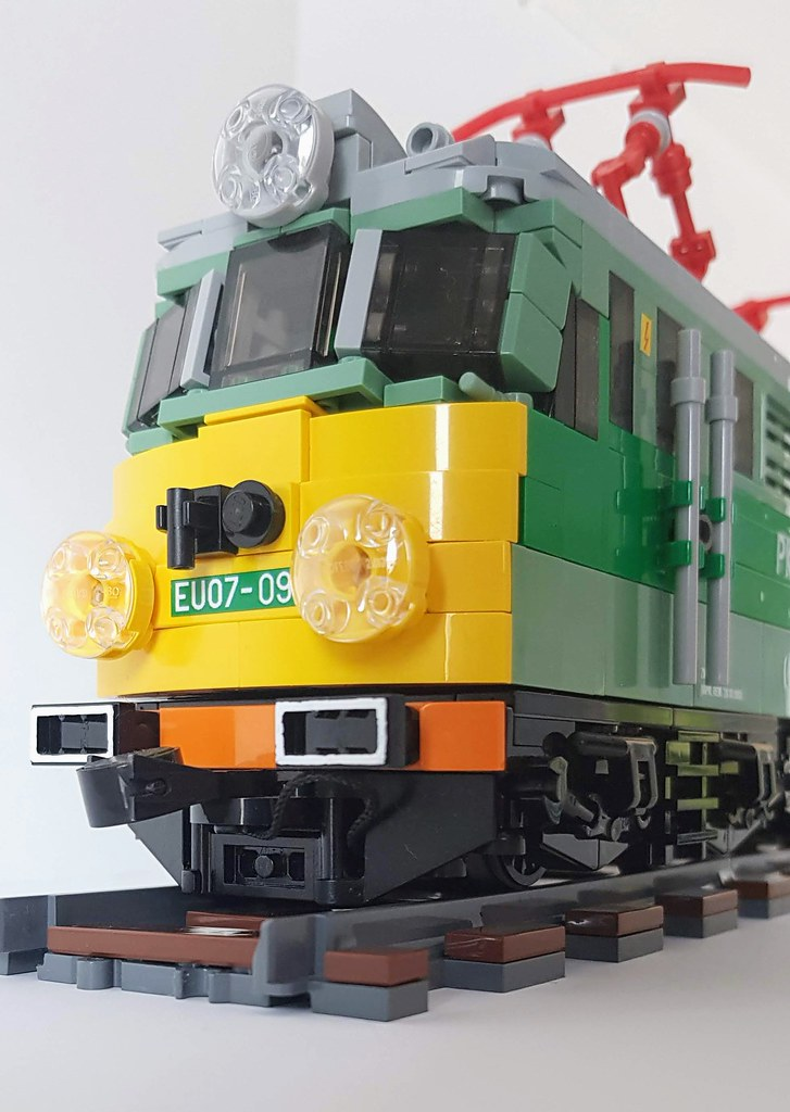 The World's newest photos of legomoc and train - Flickr Hive
