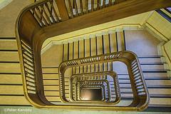 Hamburg - altes HWWA Gebäude (peterkaroblis) Tags: hamburg treppenhaus staircase haus house building gebäude innenansicht architektur architecture interiordesign innenarchitektur interieur interiorarchitecture lines curves linesandcurves geometry geometrie