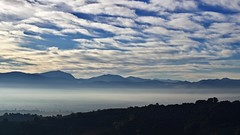Blue Morning (@WineAlchemy1) Tags: mist autumn montefalco umbria italy sunrise hilltops sagrantino