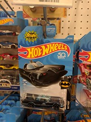 Hot Wheels Batmobile (earthdog) Tags: 2018 hotwheel car toy shopping store target googlepixel pixel androidapp moblog cameraphone dccomics batman batmobile justiceleague word text package