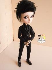 (Mundo Ara) Tags: taeyang doll groove