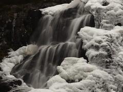 Tveitaelva (2) (magneroed) Tags: tveitaelva tveitaelvo waterfall foss river elv winter vinter fitjar norway