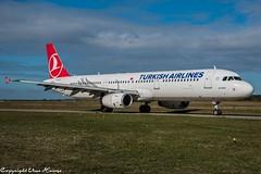 Turkish Airlines TC-JRK (U. Heinze) Tags: aircraft airlines airways airplane haj hannoverlangenhagenairporthaj eddv planespotting plane flugzeug nikon