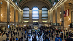 Grand Central Terminal, NYC (Tony Pringle) Tags: nyc grand central terminal railway railstation hall iconic rushhour interior architecture opal clock ticket booths