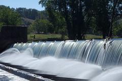 Le Tarn à Ambialet (bernarddelefosse) Tags: tarn rivière barrage eau cascade occitanie
