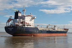 Brentholmen (das boot 160) Tags: brentholmen tanker tankers ships sea ship river rivermersey port docks docking dock boats boat mersey merseyshipping maritime eastham manchestershipcanal