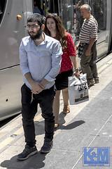 Jerusalem: Street Scenes (Erwin van Maanen.) Tags: israel yerushalayim jerusalem יְרוּשָׁלַיִם jeruzalem middleeast streetphotography straatfotografie verhalendefotografie storytelling 70years urban capitalsoftheworld documentaire documentary erwinvanmaanen kroonenvanmaanenfotografie