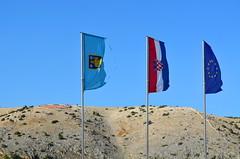 Flags [Lopar - 27 August 2018] (Doc. Ing.) Tags: 2018 rab croatia otokrab rabisland happyisland kvarner kvarnergulf summer mediterraneansea adriatic lopar flag nikond5100
