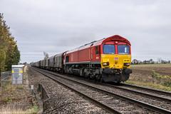 66020 at Wadborough [6V05] 25.10.2018 (Wolfie2man) Tags: 6v05 roundoaktomargam wadborough 66020 dbcargo class66 railfreight shed