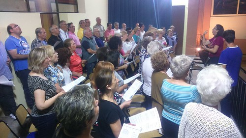 "(2018-06-14) Encuentro - Ensayos coro - José Vicente Romero Ripoll (4) • <a style=""font-size:0.8em;"" href=""http://www.flickr.com/photos/139250327@N06/44816693785/"" target=""_blank"">View on Flickr</a>"