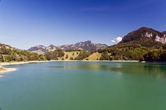 Lake Montsalvens (Bephep2010) Tags: 2018 7markiii alpha châtelsurmontsalvens freiburg fribourg hügel lacdemontsalvens lakemontsalvens prealps sel24105g schweiz see sommer sony switzerland voralpen wald forest hill lake summer ⍺7iii broc kantonfreiburg ch
