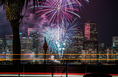 2018 fleet week fireworks 15 (pbo31) Tags: sanfrancisco california nikon d810 color city urban october 2018 boury pbo31 fall night black dark fireworks show fleetweek treasureisland lightstream motion traffic skyline