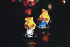WINTERTIJD || WINTERTIME (Anne-Miek Bibbe) Tags: annemiekbibbe bibbe nederland 2018 canonpowershotsx280hs macro speelgoed toy spielzeug giocattoli juguetes bringuedos jouets bear teddybear beertje teddybeer beer speelgoedbeer nounours minibeer minibear sliderssunday happysliderssunday eraser vlakgum