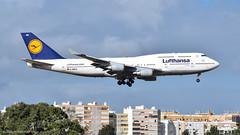 Boeing 747-400 I D-ABVU I Lufthansa (Gustavo H. Braga) Tags: boeing b747 jumbo aviation airplanes airport aviação aviacao aviao aeronaves aeroporto lisbon portugal avgeek b744