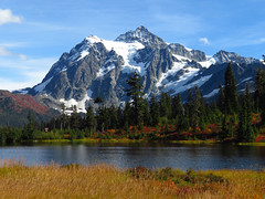 Mt. Shuksan and Picture Lake in WA (Landscapes in The West) Tags: mountshuksan picturelake artistpoint northcascadesnationalpark washington pacificnorthwest landscape west mount bakersnoqualmie national forest