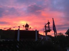 Sunset falls over Wartime Weekend 14Oct18