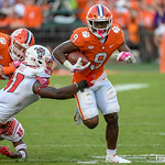 Travis Etienne Photo 2