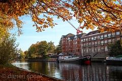 River Ouse. (Darren Speak) Tags: colour crane flats autumn boat york ouse river