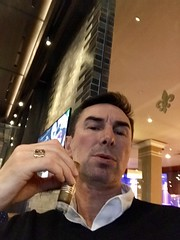 My #QualityTime smoking a good #cigar 😎 #CesarsPalace #Montecristo #CigarBar ✌ (Σταύρος) Tags: selfie stavros lasvegas sincity qualitytime cigar cesarspalace montecristo cigarbar 拉斯維加斯 λασβέγκασ ラスベガス vegas 라스베이거스 clarkcounty nv nevada vegasbaby soirée party drinks friends southernnevada lasvegas2018 σταύροσ