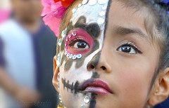 2018 Noche de Altares Santa Ana 5 (Marcie Gonzalez) Tags: ca socal so cal orange county southern festival celebration festivals celebrations day dead dia de los muertos diadelosmuertos tradition traditional honor family friends noche altares nochedealtares night dance dancing festive fun annual event events mexico mexican altar costume costumes paint painted face skull skeleton 2018 dayofthedead dancer dancers north america cultural usa us marcie gonzalez marciegonzalez marciegonzalezphotography photography canon 2018nochedealtaressantaana nochedealtaressantaana altars calif california día