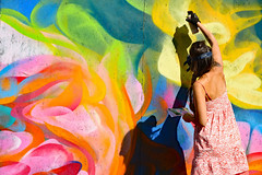 The Artist (1) (Ciceruacchio) Tags: shakewellfestival2018 streetart artderue artedistrada artist artiste graffeuse sêmalao esthétique aesthetic estetico neurones neurons neuroni photons fotoni aérosol pessac france francia frankreich nikond750