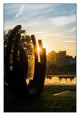 (Laetitia.p_lyon) Tags: fujifilmxt2 lyon place antoninponcet sculpture acier steel sunrise leverdusoleil bernarvenet