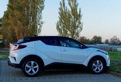 BS-Stöckheim, Toyota C-HR Hybrid 1.8 Style Selection (bleibend) Tags: 2018 toyota chr hybrid olympus olympusomd olympusem5 omd em5 mft m43 m43cameras bs braunschweig stöckheim