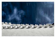 sinfonía mediterránea (I) (Luis kBAU) Tags: azul blue tejas roof mediterráneo heaven cielo cloud blanco white mediterranean alero