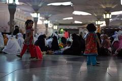Al - Masjid an - Nabawi, Madina (Ferdousi.) Tags: pilgrimage pilgrims femalesection luckiestperson muslimculture islam saudiarabia peacefulcity hajj2018 hajj1439 madina siblings sisters