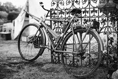 Polish Military bicycle (Rich Presswood) Tags: newsteadabbey nottinghamshire mitakonzhongyi35mmf095 1940s ww2 fujixpro2 reenactor military mirrorless portra160nc ilfordhp5 monochrome bw black white silverefex2