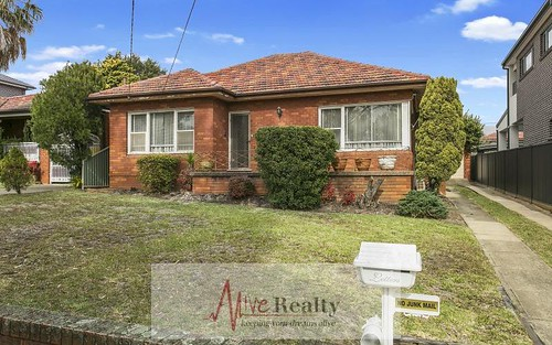 30 Greenway Pde, Revesby NSW 2212