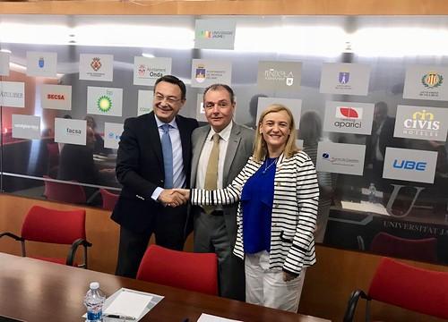 Firma Convenio CEV Castellón y Asociación Networking Directivas Castellón