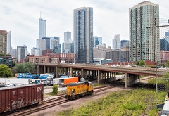 Running Around Downtown (Wheelnrail) Tags: up union pacific gp151 locomotive railroad rail road chicago chi tribune downtown urban city life skyscrapers industrial rails upy 712