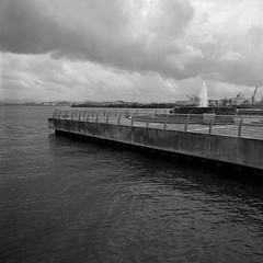 Bahía Urbana (Eddie La Mole) Tags: bahíaurbana oldsanjuan blackandwhite 120 mediumformat monochrome hasselblad500cm distagon50mm ilfordpanf ilfotecddx