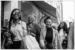 DSCF8108.jpg (srethore) Tags: photo de rue black white bw street people candid meike 35mm